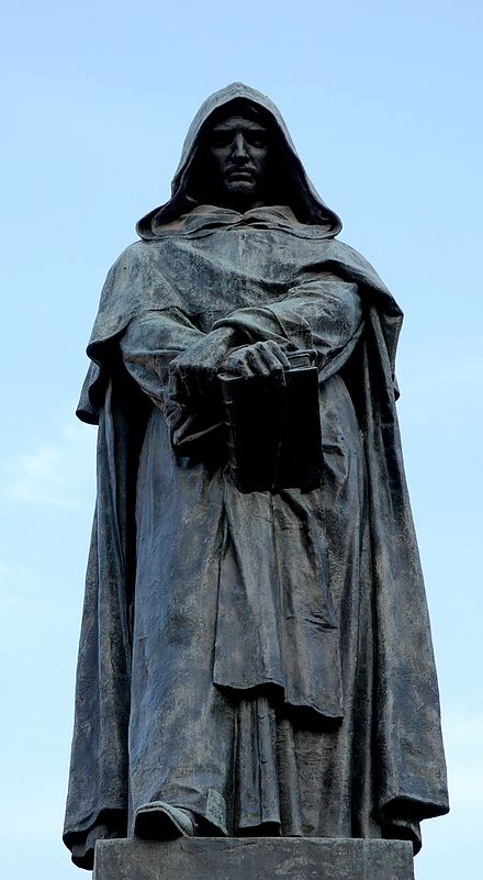 Bronze statue of Bruno by Ettore Ferrari at Campo de' Fiori, Rome.